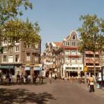 Rembrandtplein, la plaza de los artistas de Amsterdam
