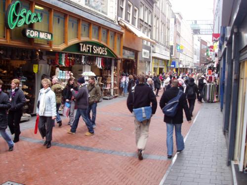 Nieuwendijk, la calle más antigua de Ámsterdam