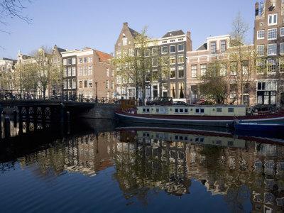 Casas curiosas en el Canal Singel