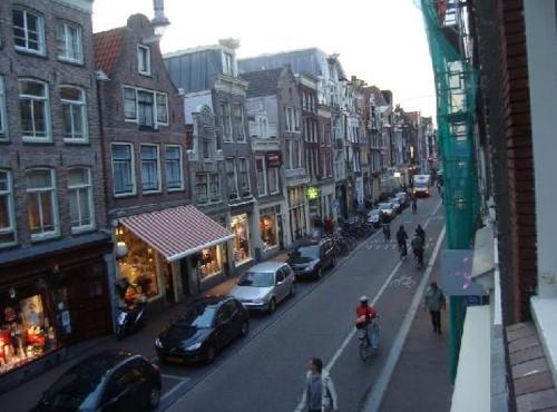 Haarlemmerdijk Calle Comercial